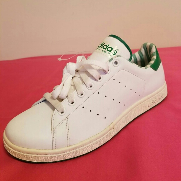 low priced 14457 1495f New Adidas Stan Smith Size 9 Men & 11 WOMEN